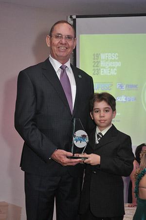 Walter Soares, Diretor da Conserbrás Multiserviços com seu filho Gabriel