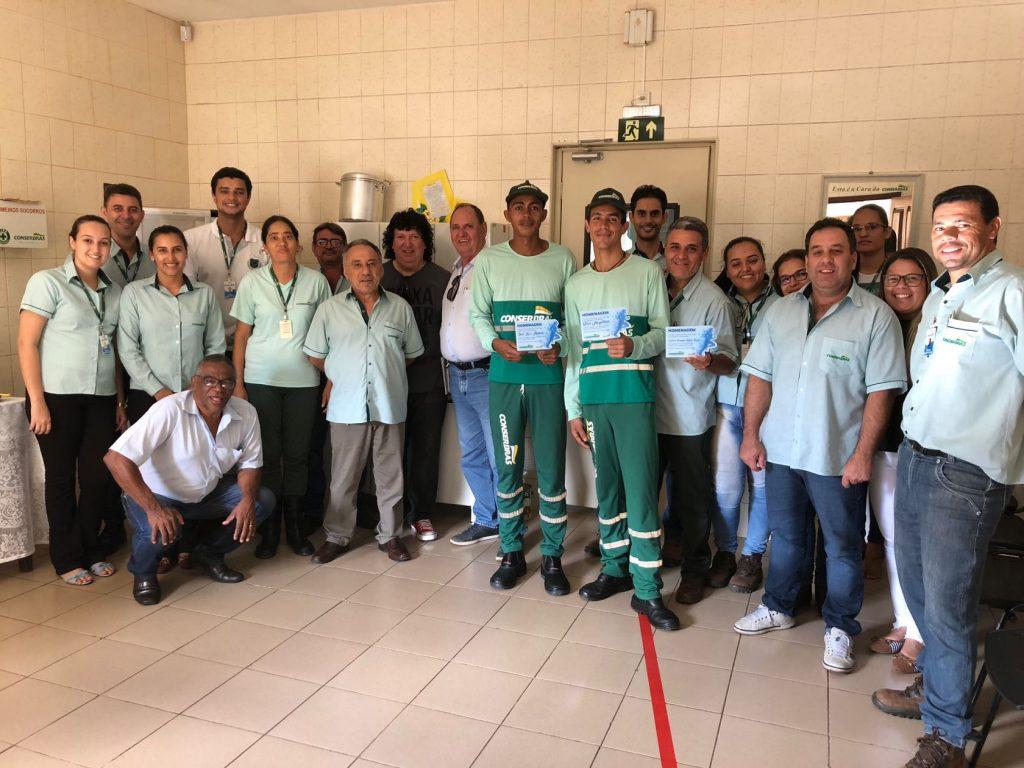 Conserbras homenageia coletores de resíduos que participaram da Corrida do Milho