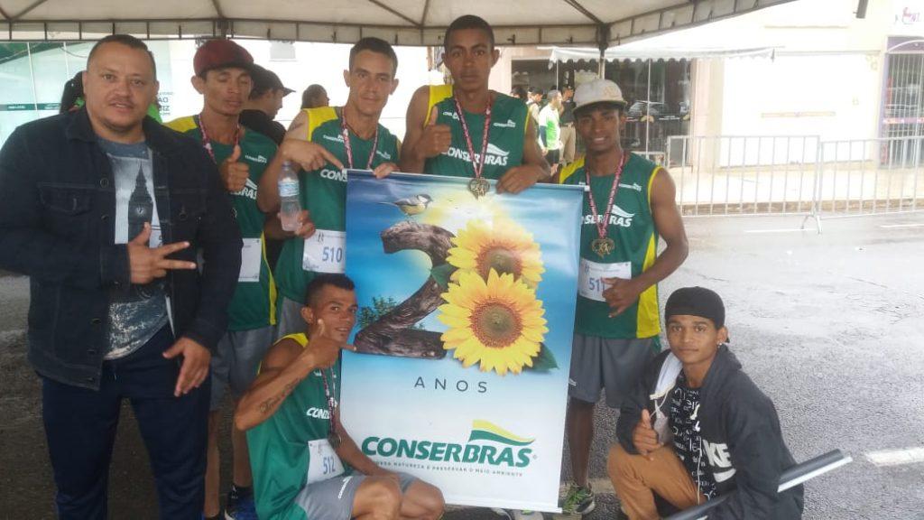 Em João Pinheiro, a Equipe de Atletismo da Conserbras faz 3º colocado geral e um campeão em categoria