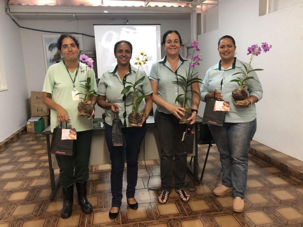Mães são homenageadas na sede administrativa do Grupo Conserbras