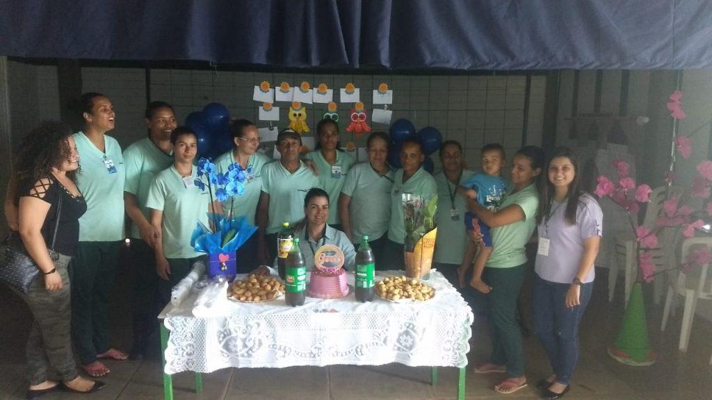 Colaboradora, Gerci José da Silva recebe homenagem e se aposenta
