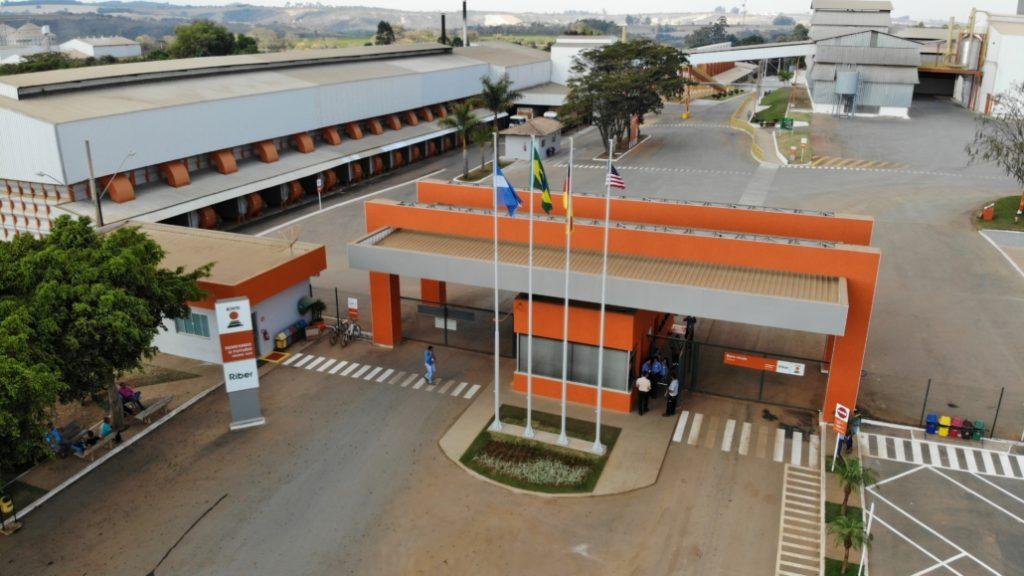 Grupo Conserbras implanta serviços de limpeza na KWS e na Minas Mais Alimentos
