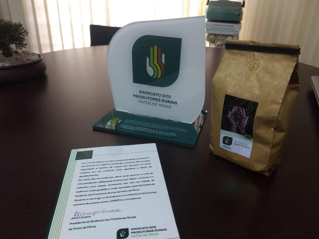 Conserbras recebe correspondência que celebra a parceria com o Sindicato dos Produtores Rurais de Patos de Minas